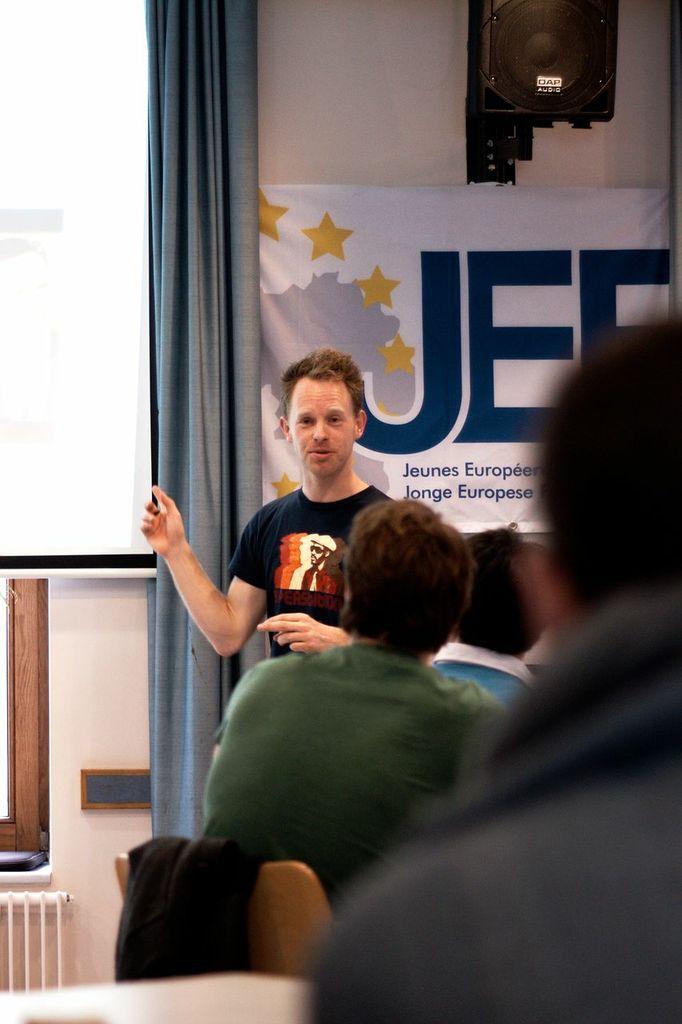 Creating the Masterplan.Photo: Christian Weickhmann